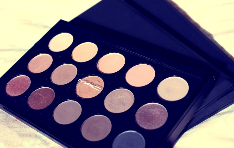 mac eyeshadow collection palette